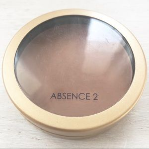 Jane Iredale Amazing Base Foundation tester